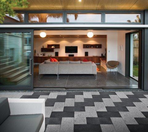 Designer Concrete: Indoor-outdoor space